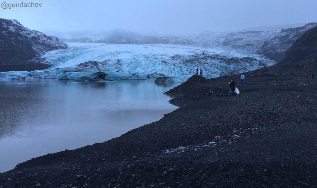 アイスランド ソウルヘイマヨークトル氷河