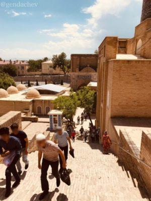 サマルカンド シャーヒズィンダ廟群 天国への階段
